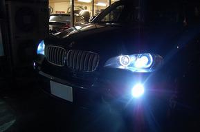 BMWE70 X5 フォグランプHID化 ロービーム8000k イカリングLED