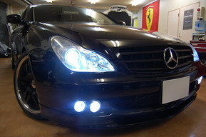 W219 フォグランプLED化 キャリパー塗装&LED装飾 アローミラー取り付け