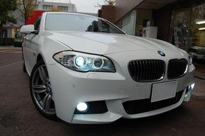 BMW F10 純正HIDバルブ交換 8000ケルビン 取り付け