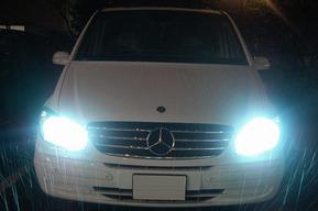 ベンツW639 ヘッドライト、FOG HID取り付け ポジション&ナンバー灯LED取り付け