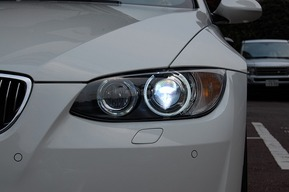 BMW E92 LEDイカリング 純正HIDバルブを8000kへ
