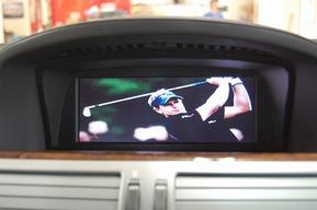 BMW E66 760lI 純正アナログTVに地デジ取り付け