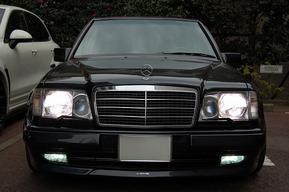 AMG E60 フォグランプLEDバルブ交換 ヘッドライトバルブ HIDキット取り付け