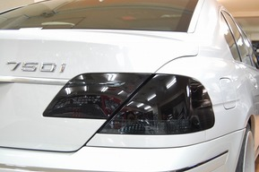 BMW E65後期 テールレンズ ブラックアウト エンブレムカーテシ