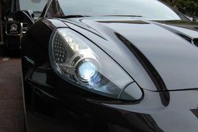 フェラーリ カリフォルニア ヘッドライトHID交換 ナンバー灯LEDバルブ カスタム