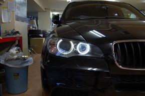 BMW E70 LEDイカリング LEDナンバー灯取り付けカスタム