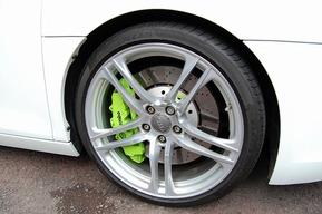 AUDI R8 キャリパー塗装カスタム アウディ