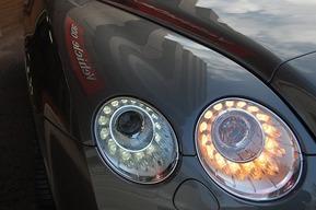 現行ルックヘッドライト取り付け カスタムベントレー コンチネンタルGT LEDヘッドライト